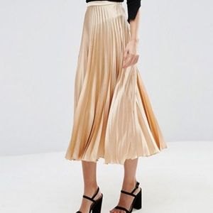 ASOS Blush/Nude Satin Pleated Skirt 14